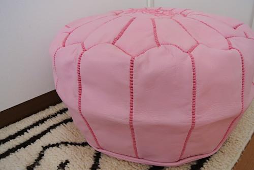 プフ ピンク