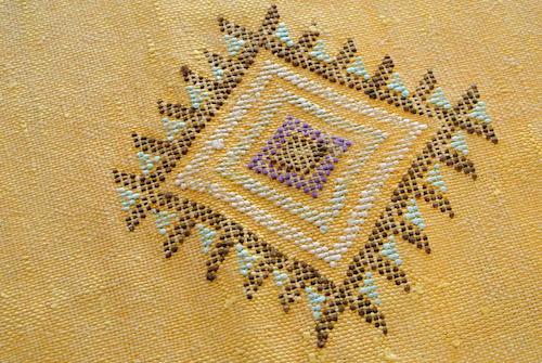 サブララグ黄色