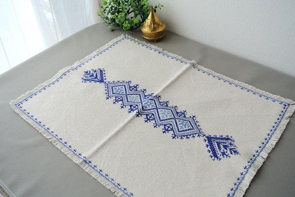フェズ刺繍 テーブルセンター
