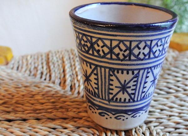 フェズ 陶器 コップ 青白
