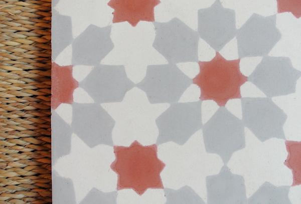 モロッコタイル 赤